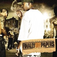 Audio CD DJ Whoo Kid & Tony Yayo. Finally Off Papers
