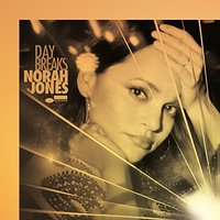Audio CD Norah Jones. Day Breaks Deluxe